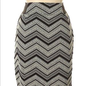 Black & White Midi Skirt XL Maurices